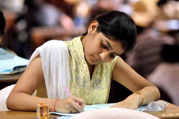 இந்தியா அரசியலமைப்பு 100  முக்கிய வினா – விடைகள்